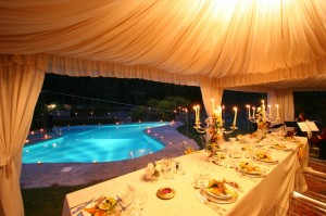 pool wedding italy tuscany wedding castle italy borgia