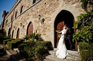 wedding photographer italy get married tuscany umbria castle borgia