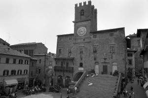 cortona townhall civil ceremony wedding italy castle borgia