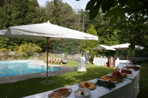 pool reception wedding italy castle borgia